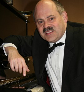 Jos van Erp (piano en keyboard)