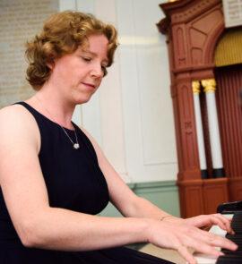 Kathelijn van de Loo (piano)